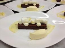 Le dessert, selon Jean-François Bérard. Merci les chocolats Valrhona pour cette merveille!