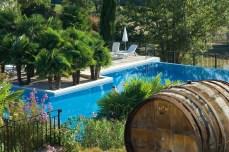 Chateau de Berne-piscine1
