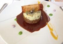 La daube de boeuf, comme dans l'émission de Jean-Luc, en version parmentier, purée aux truffes, nem de carottes et épices, jus réduit