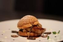 Foie gras poêlé, choux craquelin, Rodkal, Jus et Truffes
