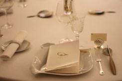 Des arts de la table dessiné par Arnaud Donckele...