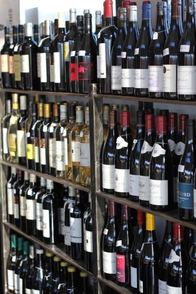 Le Bouchon, c'est aussi une cave à vins, avec un large choix à tous les prix.