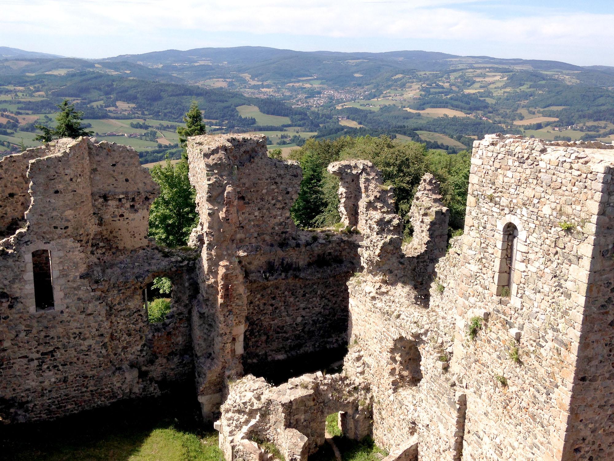 Château des cornes d'Urfé à Champoly, construit entre le XIIème et le XVIème siècle, 927m d'altitude