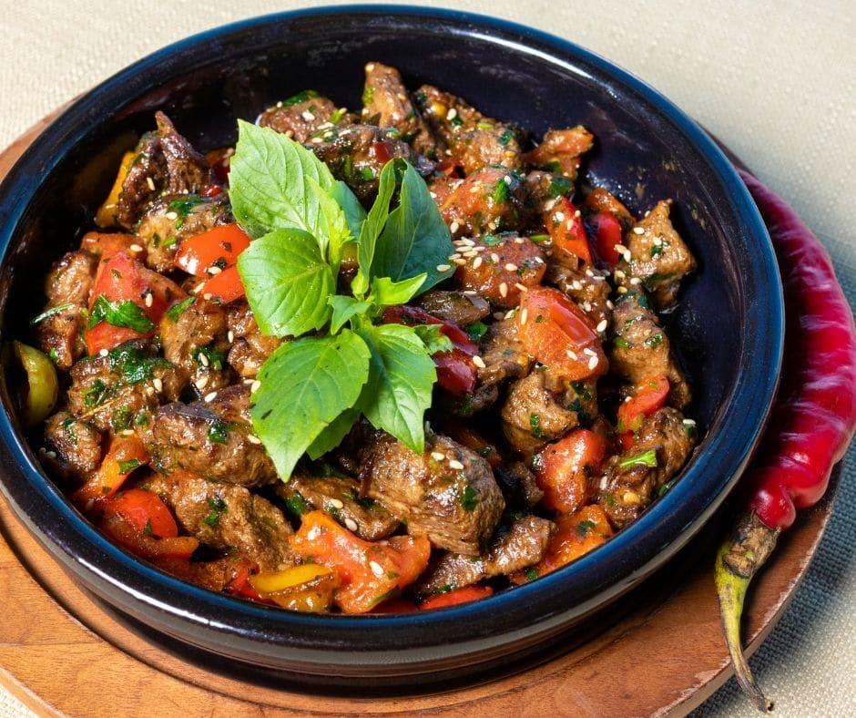 Plat en sauce, Daube, Civet, Chilli Con carne