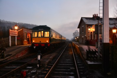 Trains run between Christmas and New Year