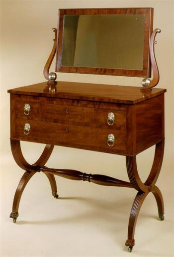 FEDERAL DRESSING TABLE WITH CURULE LEGS AND PAW FEET