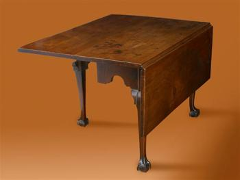 CHIPPENDALE DROP LEAF TABLE WITH CLAW AND BALL FEET AND SQUARE LEAVES