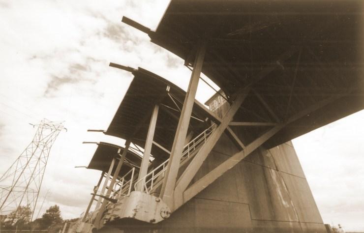 Fox Point hurricane barrier gates, Providence (2001)
