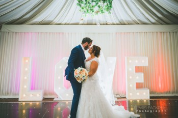 Stacey-Rob-Oxwich-Bay-Gower-Swansea-Wedding-Photographer-Lewis-Fackrell-Photography-112