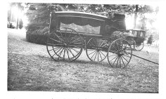 The Sticklin hearse on display at Borst Park in 1946. Photo courtesy: Lewis County Historical Museum