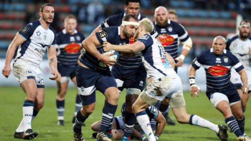 rugby top 14 pau brille scenario favorable agen racing 92 sans forcer xv de départ 15