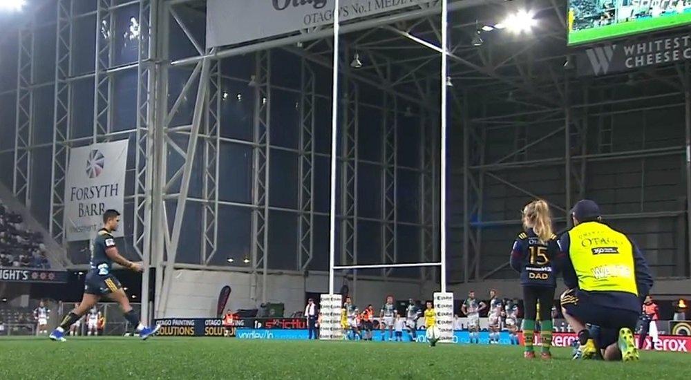 insolite buzz quand ben smith apporte un tee accompagné de sa fille rugby france xv de départ 15