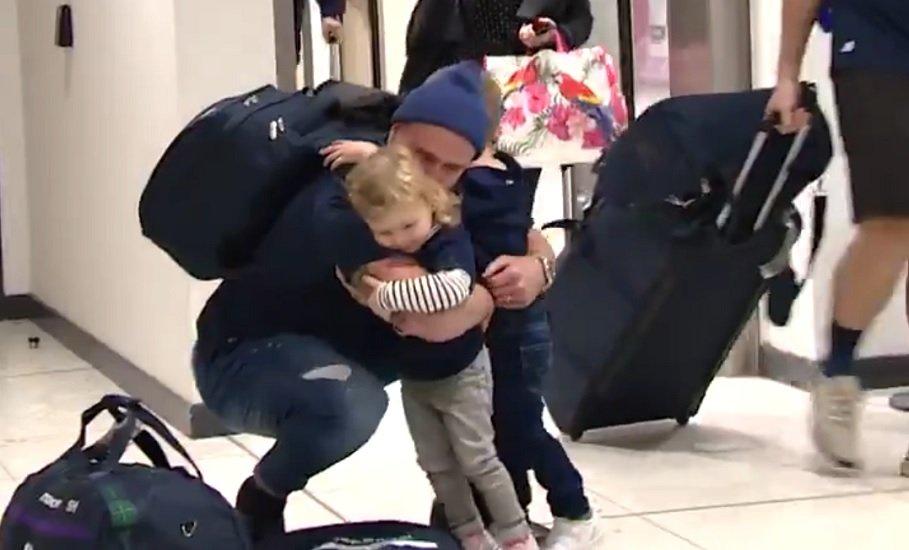 vidéo les écossais accueillis par leurs familles rugby coupe du monde xv de départ 15