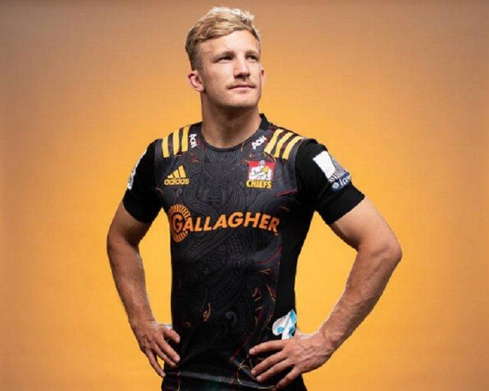 nouvelle-zélande damian mckenzie sur le retour rugby xv de départ 15