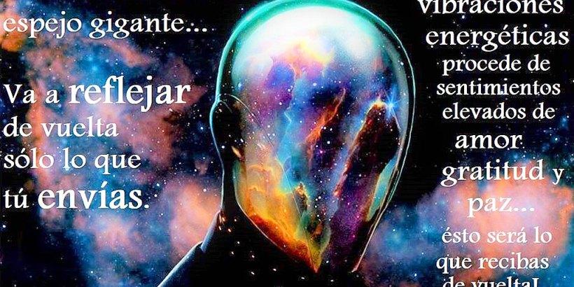 El Universo es un espejo gigante