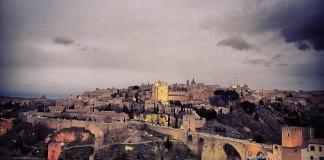 Puente de San Martín y zona de la Cava en Toledo