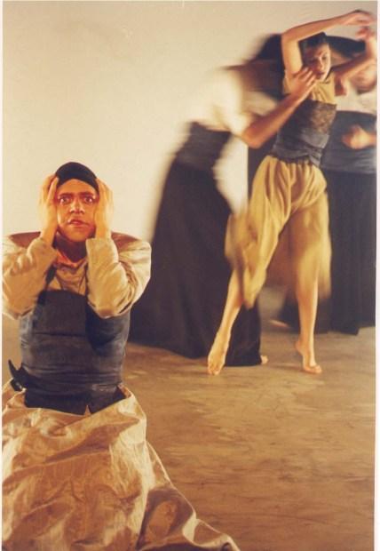 1999: Centro Nacional de las Artes. Ciudad de México: Hacia una dramaturgia del movimiento en el nuevo milenio.
