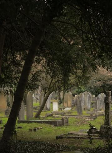 les cimetières et la route des cendres