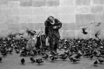sdf et la douche pour les precaires