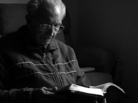 Wie häufig sollte man als Christ die Bibel lesen