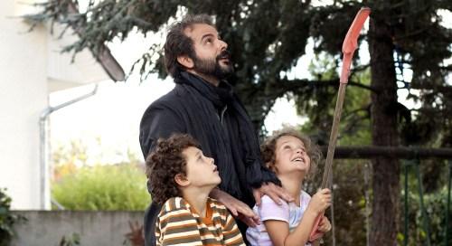 Ahmad débarque de Téhéran pour régler un divorce...