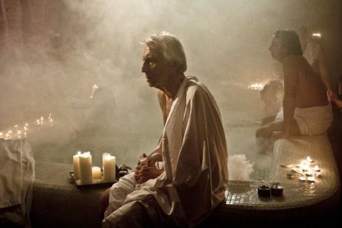 La scène du bain turc, fameuse...
