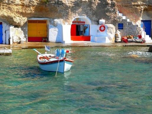 Milos bateaux