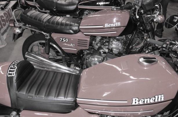 Motos Benelli salon moto légende Paris 2013