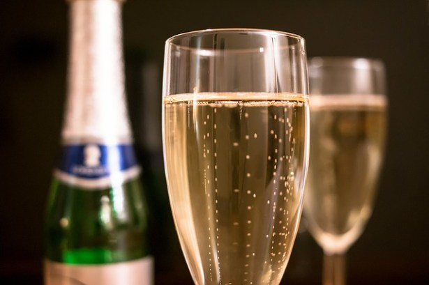 champagne-bulles