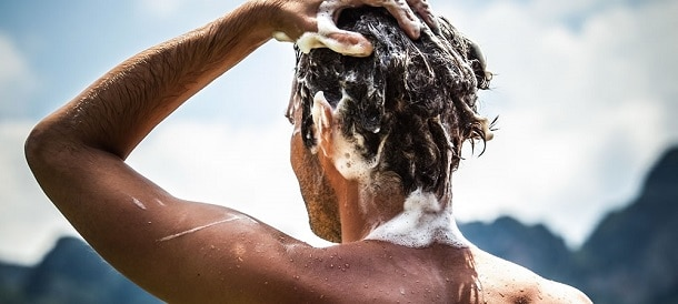 Prendre soin de ses cheveux : quel shampoing homme ?