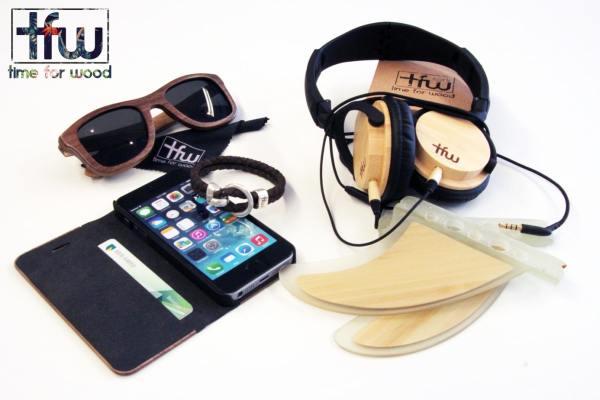 Accessoires en bois: coque téléphone, casque audio, lunettes de soleil...