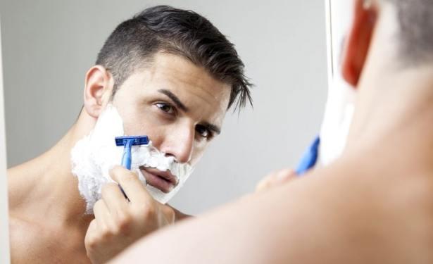 Les bons gestes pour se raser sans avoir d'irritations