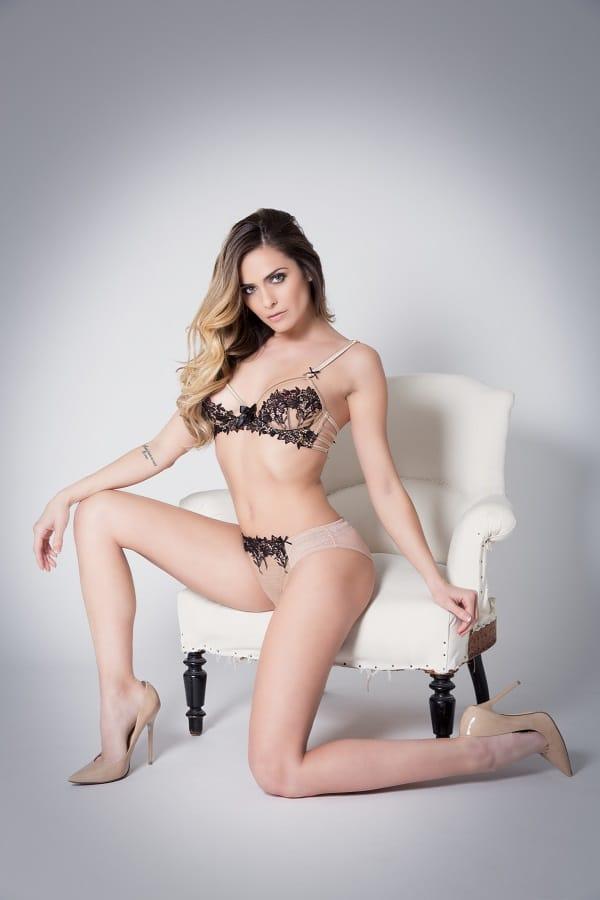 Lingerie Sexy Clara Morgane sur Lemon Curve site de vente sous-vêtements