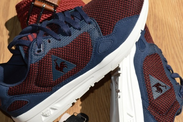 Zoom sur les Sneakers Le Coq Sportif LCS R900 Mesh Dress Blues