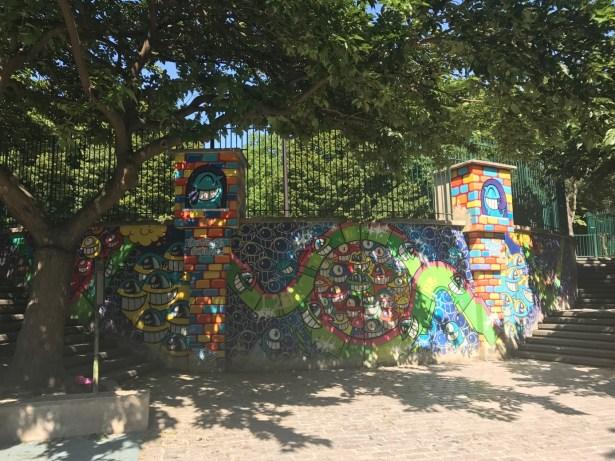 Une œuvre signé PEZ (comme les petits bonbons) afin de ré enchanter le parc de Belleville pour les enfants.