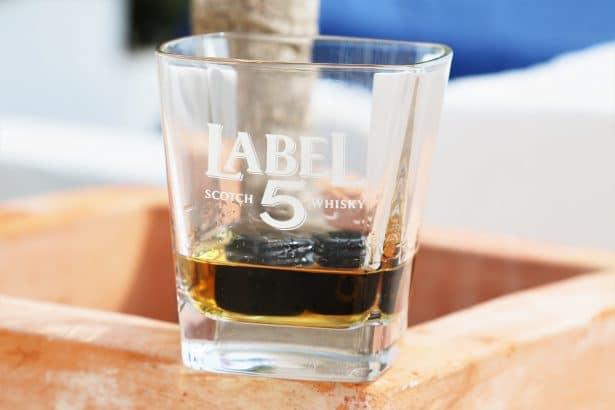 Belle intensité et longueur ! - Premium Black Label 5