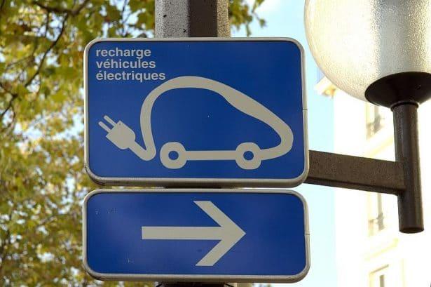 Recharge voitures électriques et hybrides