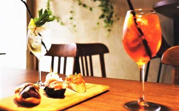 Un cocktail et des petites bouchées italiennes au Dai Dai … Le régal !
