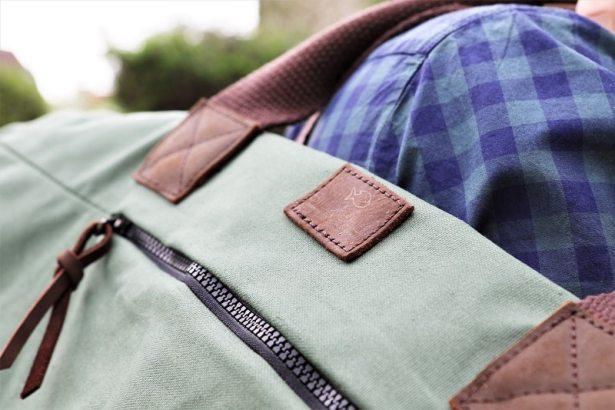 Un sac solide et qualitatif pour partir en week-end. tendance kaki