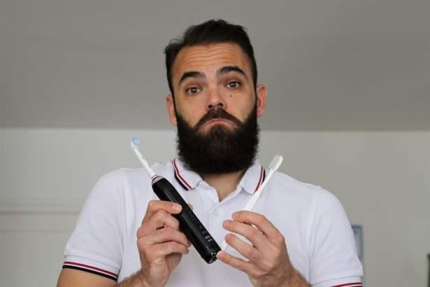 quelles-meilleures-brosses-dents-électrique-oralb-615x410