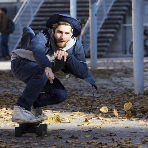 Skateboard électrique : encore plus ludique qu'un skate traditionnel ? - Photo elwing boards