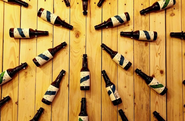 le-bar-fondamental-mur-biere