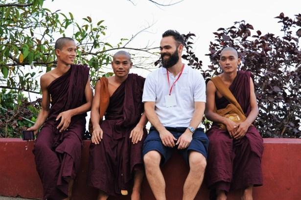 Rocher d'Or Birmanie, je me suis fait des copains