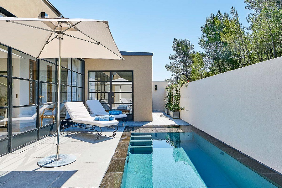 Villa-La-Coste_Chambres-Exterieur-2_©_Richard-Haughton