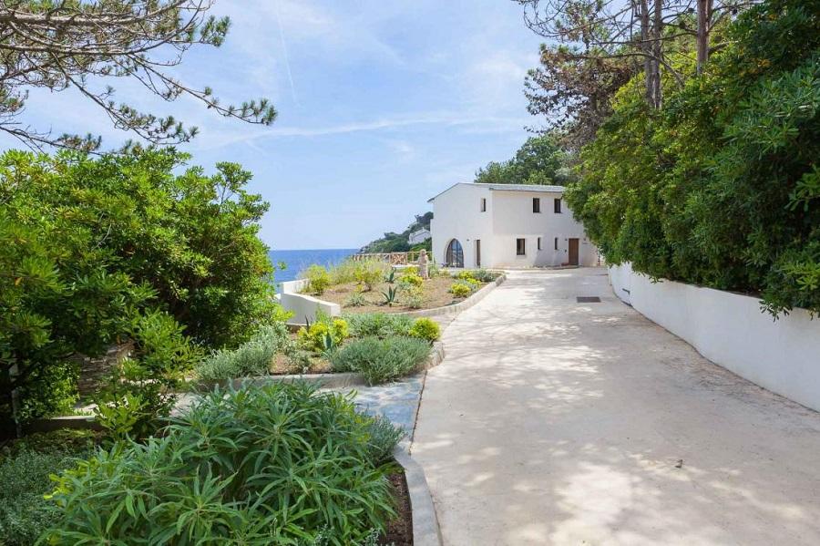 Hôtel Misincu en Corse - parc