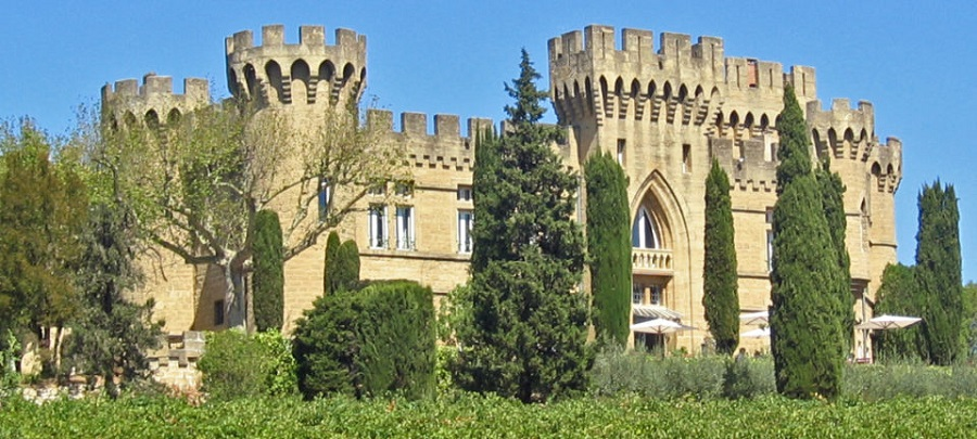 hotel les fines roches chateauneuf du pape