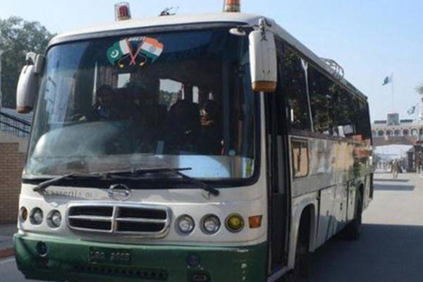Lahore-bound Dosti bus