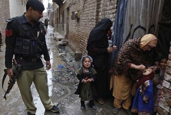 vaccination against polio