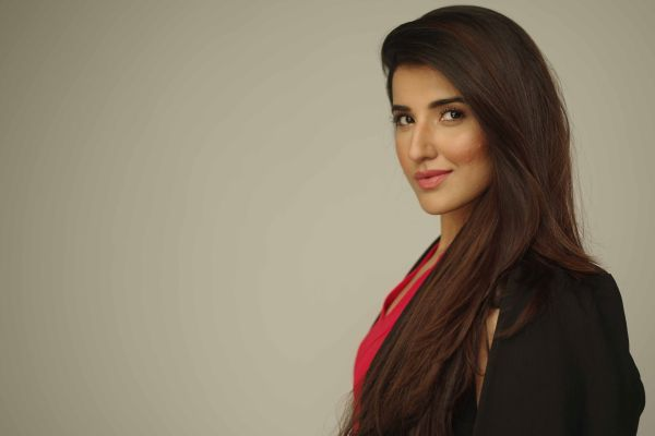 Gorgeous Hareem Farooq joins 'Miss Veet Pakistan' as Judge