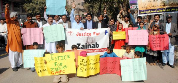 Protest demo against murder of Qasur girl demands justice for Zainab